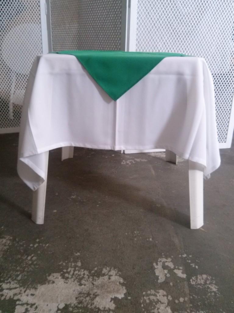 Branco.Verde Bandeira