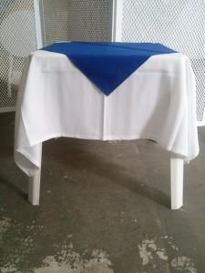 Branco.Azul Royal
